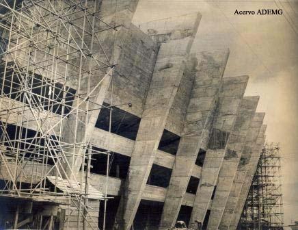 Obras da construção do Mineirão